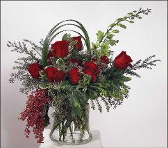 dramatic sweep of premium roses, bouquet with peppercorn and seasonal foliage by Yukiko